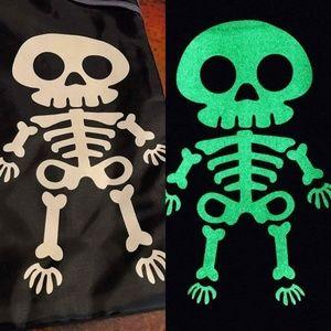 NWT 31 Cinch Sac w/ Glow in the Dark Skeleton
